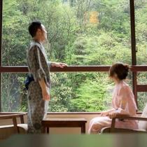 【花庄庵】お部屋からは、夏はホタル、冬は雪景色など大聖寺川の四季折々の景観を楽しめます。