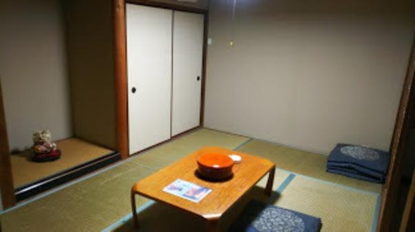 西館和室6畳