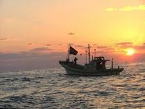 「海から見る足摺岬」サンセットクルーズ