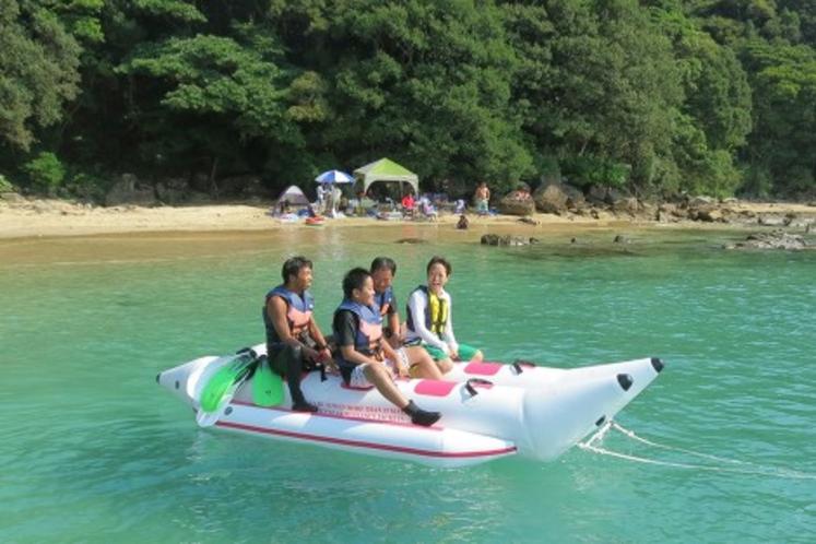 プレミアムビーチでバナナボートとゆったりシュノーケリング
