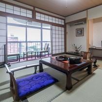 【お部屋】街側 和室(8〜10畳)/バス・トイレ付☆Wi-Fi無料