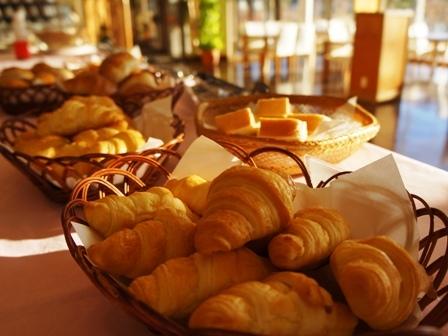 朝食:バイキング一例