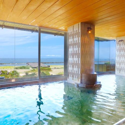 「日本海」男性大浴場/開放感があり、日本海の眺めをパノラマサイズでお楽しみください。