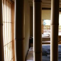八幡ベッドルーム竹越し500×500