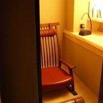 八幡篭り部屋500×500