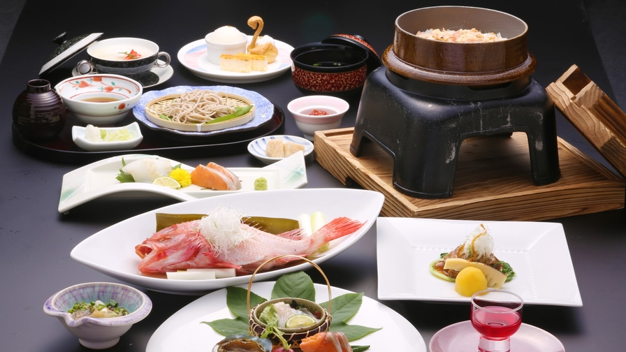 【楽天スーパーSALE】【和食コース】【カップル】夕食はオホーツク食材を使用◎食事処「氷海」