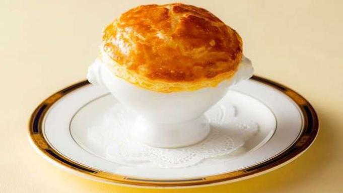 【秋限定】<夕朝食付き・雅コース>葛城北の丸オリジナル「きのこのパイ包みスープ」付き