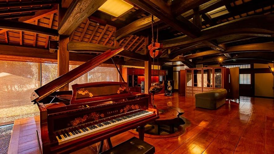 オーディオラウンジ ピアノ