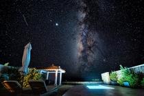 客室テラス夜景星空