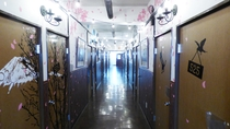 林会館5F廊下2