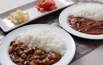 岡山ならではの桃太郎トマトを使った「桃太郎カレー」と「桃太郎ハヤシ」を日替わりでご用意。