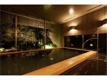 庭園浴場(夜)