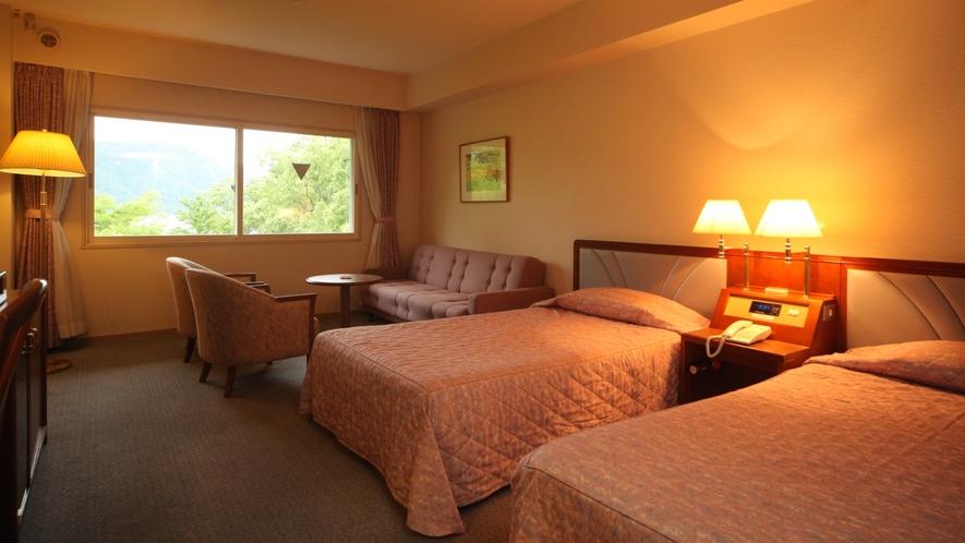 トリプルルーム(ツインベッド+ソファーベッド)の一例
