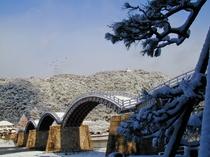 錦帯橋の雪景色
