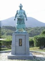 第46代横綱朝潮太郎記念像