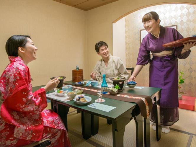 ◆個室食事処一例「 華 茶 屋 」