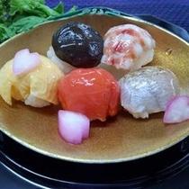 桜花手まり寿司