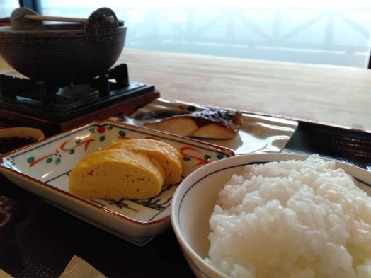 ★和朝食付き宿泊プラン★上林の谷を望みながらゆっくり朝食を★夕食はレストランでどうぞ★