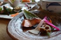 饗宴プラン(春)鮭幽庵焼 イメージ
