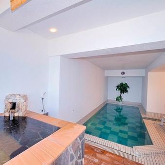 【禁煙】【温泉水プール&露天風呂付き】海側和室10畳