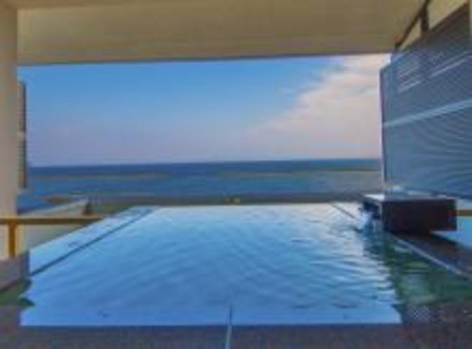 デイベッド+露天風呂付き客室  露天風呂