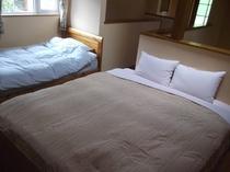 ファミリーBルーム寝室