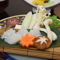 名残り鱧と松茸のすき鍋