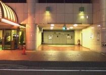 当ホテル駐車場入口