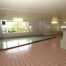 24時間入浴可能な大浴場