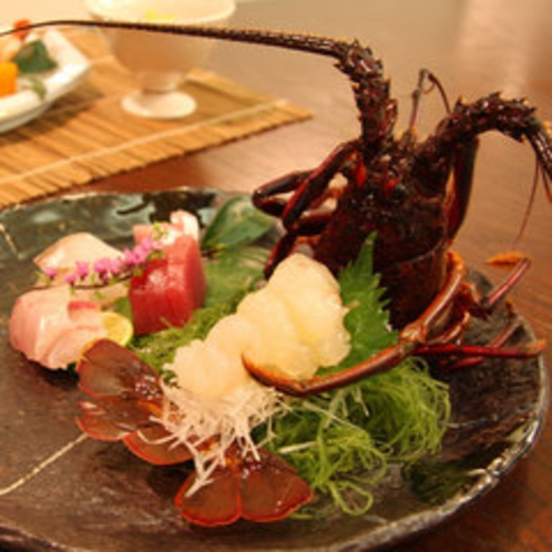 【ご夕食一例】新鮮な伊勢海老のお造り