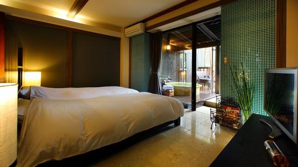 105印|洋室+天然温泉露天風呂41平米+テラス14平米