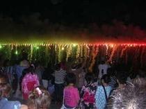熱川温泉の「海上花火大会」
