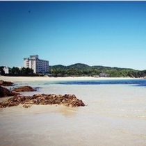 海から見たビーチホテル