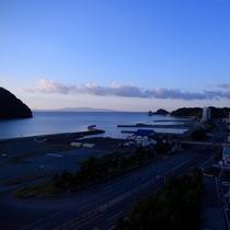 海側和室・温泉大浴場より望むダイナミックな風景