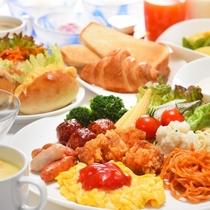 朝食バイキングの一例(皿盛)