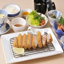 阿寒ポークカツ定食   (夕食メニュー)