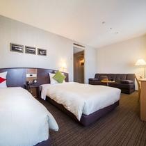 【デラックスツインルーム30平米】ソファベッドで3名様までご宿泊可能です!