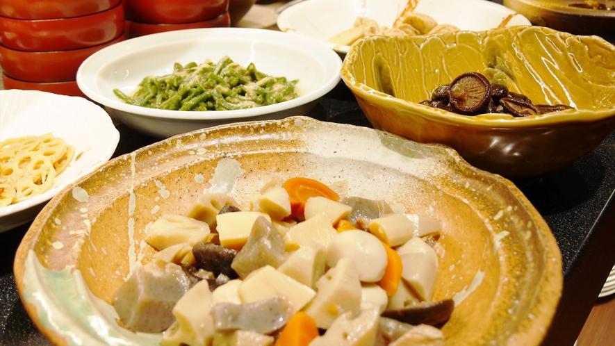 【人気の朝食バイキング】日替わり手作り惣菜7種