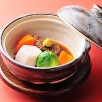 ■ボリュームダウン懐石料理(冬一例)肉料理