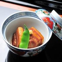 ■別注料理(一例)豚の角煮