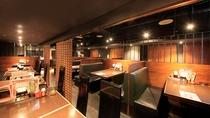 ご朝食会場は1階和食レストラン「はなび」