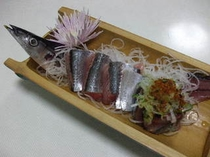 10,11,25秋刀魚刺身