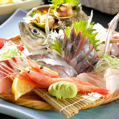 「地魚料理コース」 地魚姿造りと旬のおさしみ