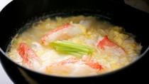 *【かに雑炊】〆はやっぱり雑炊で!蟹の旨味たっぷり。