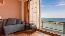 *【西館3・4・5階】角部屋ツイン:窓から一面に広がるオーシャンフロントの眺めは特にオススメです♪