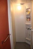 シャワールーム/Shower rooms