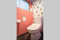 トイレ個室/ Toilet