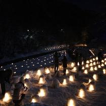 かまくら祭り ミニかまくら点灯