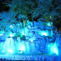 氷瀑ライトアップ