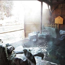 雪見の貸切露天風呂